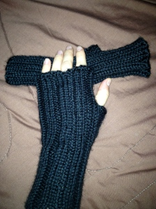 Simply Ribbed Fingerless Mitts in Caron Simply Soft